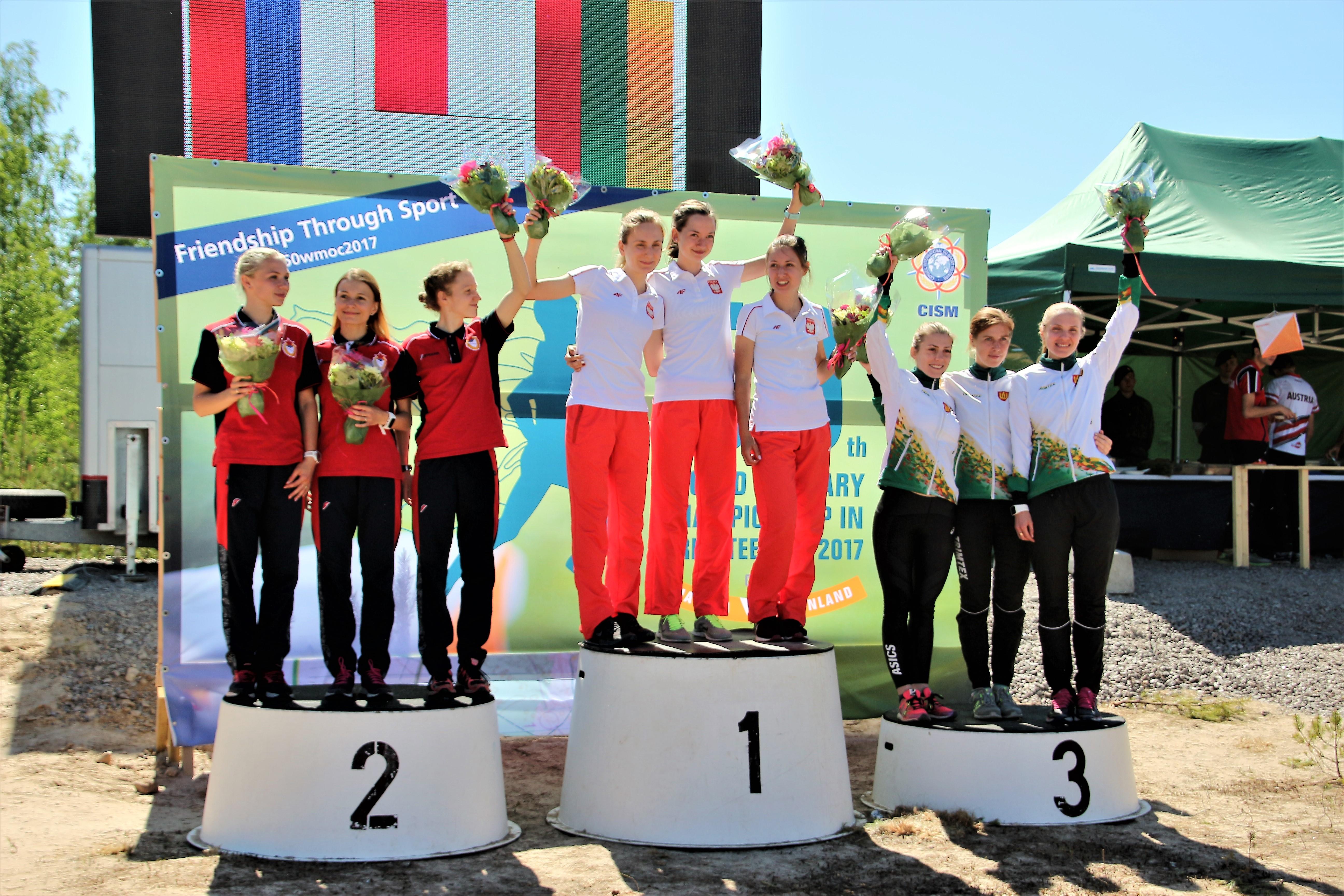 Lietuvos kariškėms - bronzos medaliai pasaulio kariškių čempionate (iš kairės V. Ambrazaitė, S. Paužaitė, I. Valaitė)
